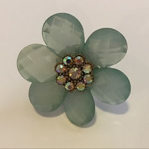 Jewelry - Blue/green flower ring